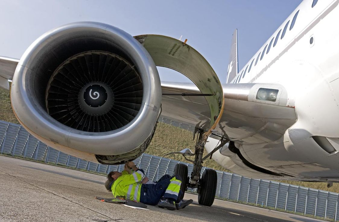 What Are The Services Offered By The Prolific Aircraft Component Dealers?